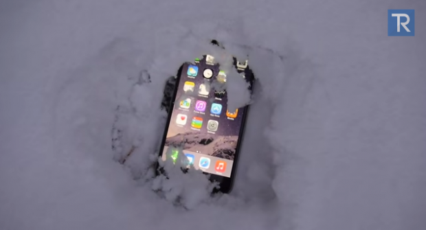 iPhone 6 Plus sotto la neve per 24 ore