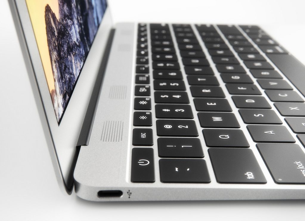 "MacBook Air Retina 12"" manda in pensione MacBook Air 11"""