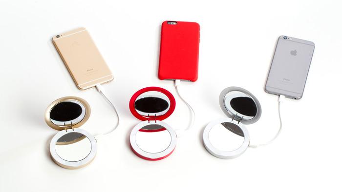 specchio da borsetta con batteria d'emergenza