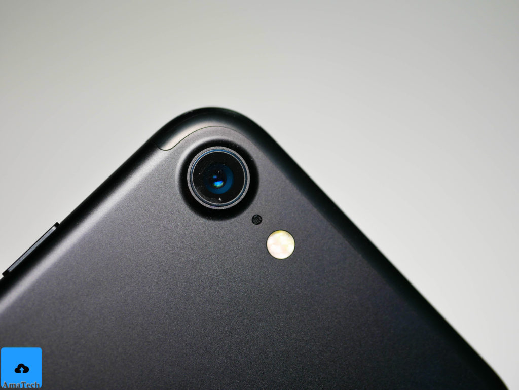 nuova-fotocamera-iphone-7-nero-opaco