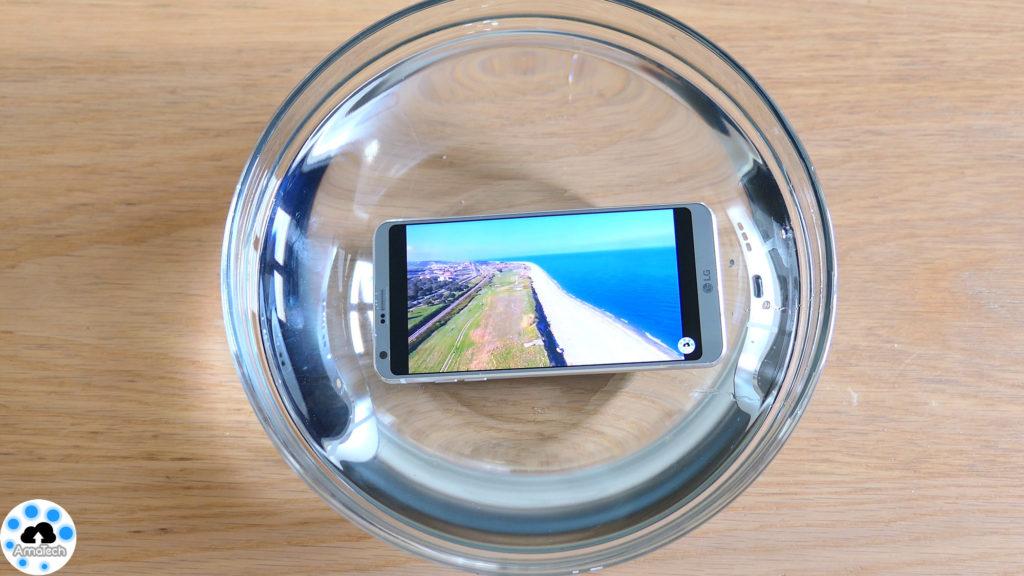 LG G6 in acqua