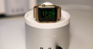 stand-caricatore-per-apple-watch-o-iphone-charger-usb
