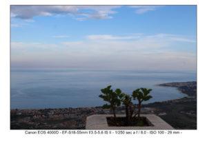 foto Canon EOS 4000D